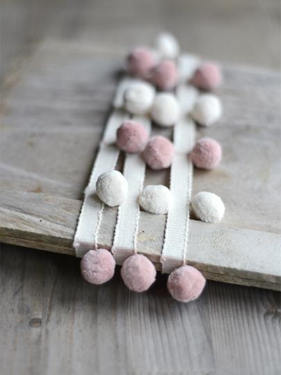 Beautiful Ivory Amp Powder Pink Pom Poms 163 14 95pm Free P Amp P