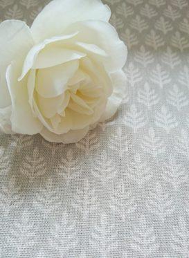 Vhari Gustavian Grey