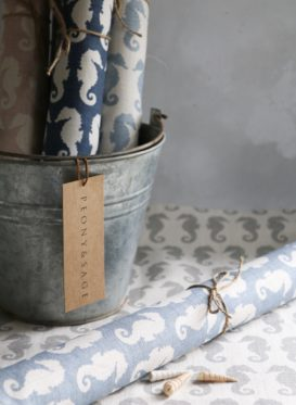 Seahorses Gustavian Blue Background